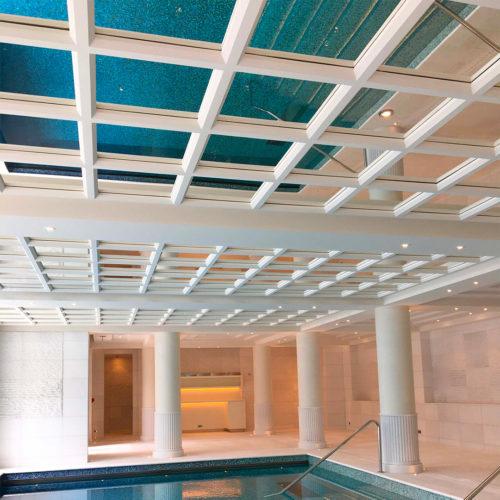 Réalisations savoir-faire staff plafond hotel de luxe