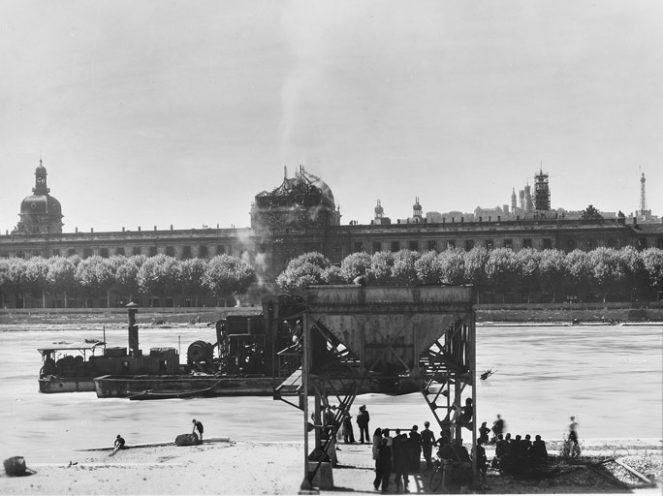 Dôme de l'Hôtel-Dieu incendié en 1944