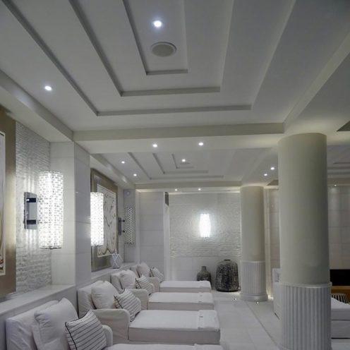 Décorations de plafond en relief par la Maison Rouveure Marquez