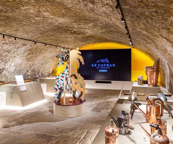 Salle des outils de la vigne du Musée du Caveau par Rouveure Marquez