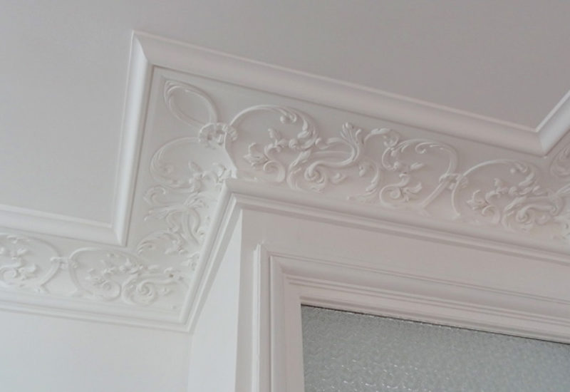 Les motifs décoratifs : décors de portes et d'angles
