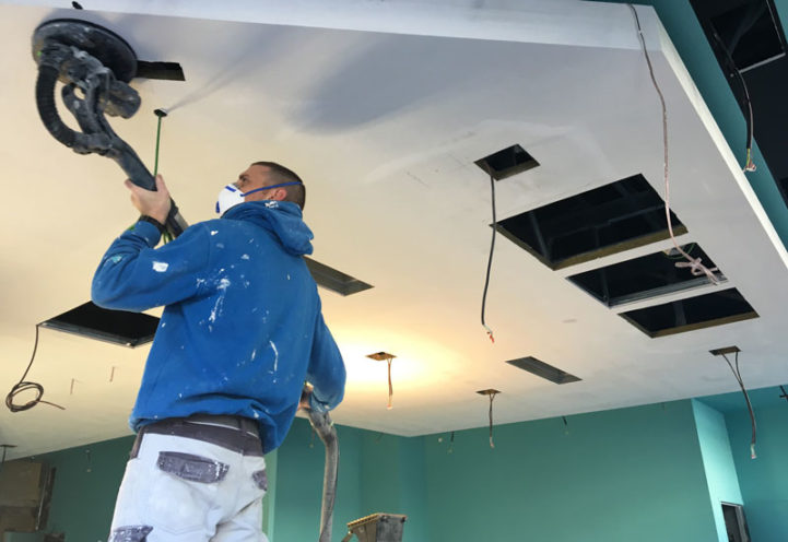 Installation of Rockfon Mono® Acoustic ceilings