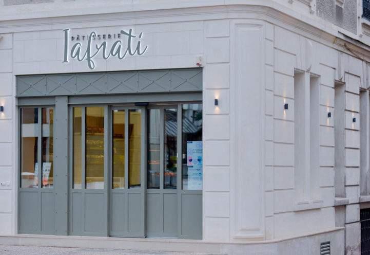Façade staff vieujot patisserie Iafrati (03)