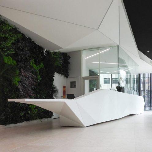 Rétrospective projets 2020 banque d'accueil en staff motif origami par Rouveure Marquez