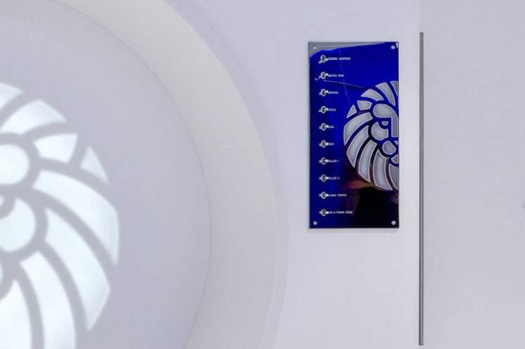 Plaques interrupteurs Meljac au laboratoire Artdenteck à Lyon 6
