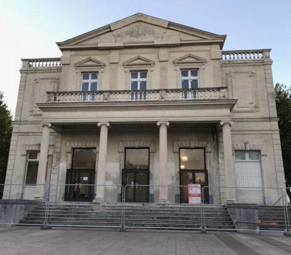 Réhabilitation du Théâtre de Montélimar, conservation de la façade et des colonnes