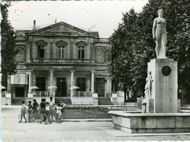 Reproduction du Théâtre de Montélimar imaginé par Emile Loubet